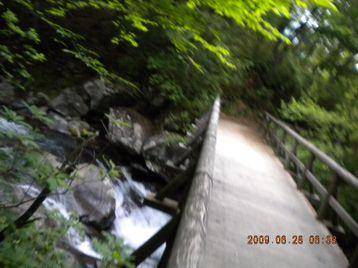 020_river